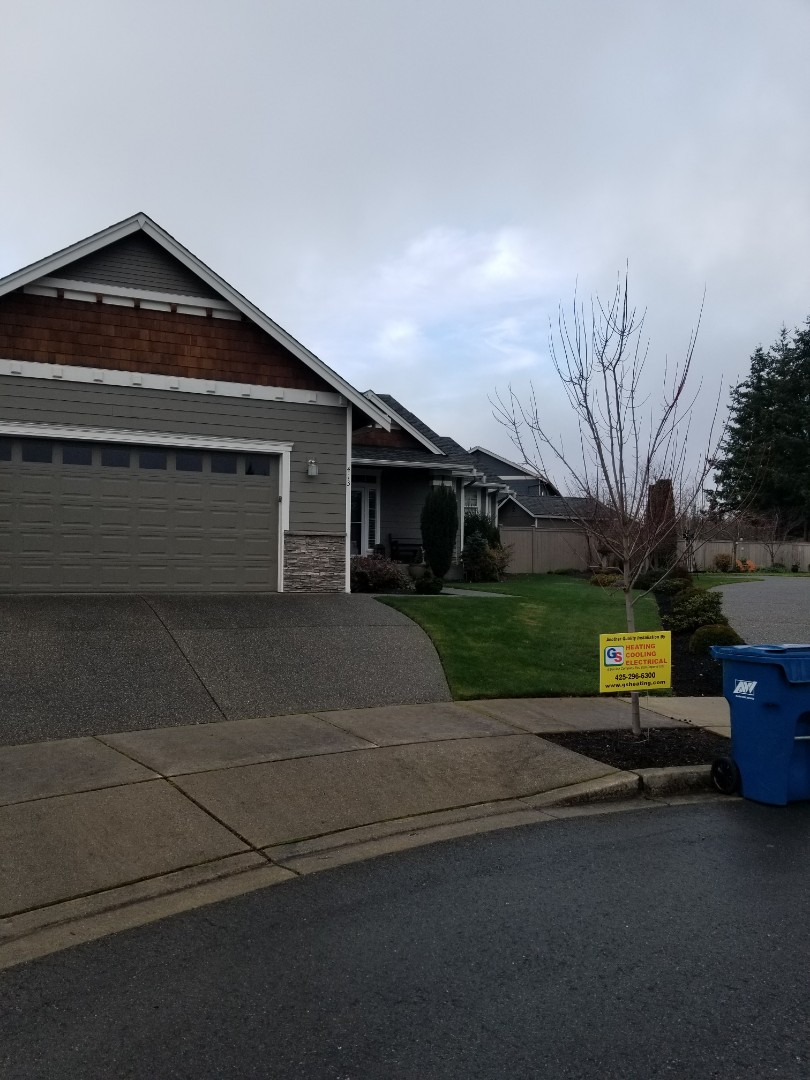 Camano Island, WA - Providing an estimate to install a Lennox Elite Series air conditioner in Snohomish.