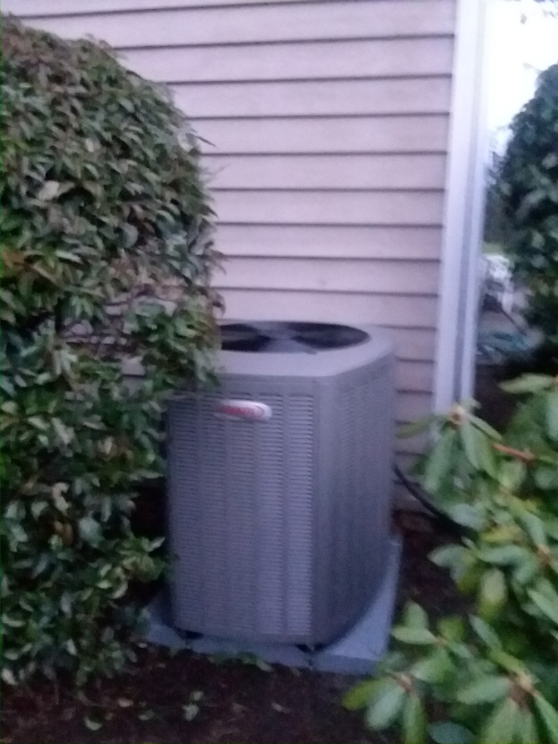 Monroe, WA - Just finished installing a Lennox 4 ton heat pump for a customer in Monroe today