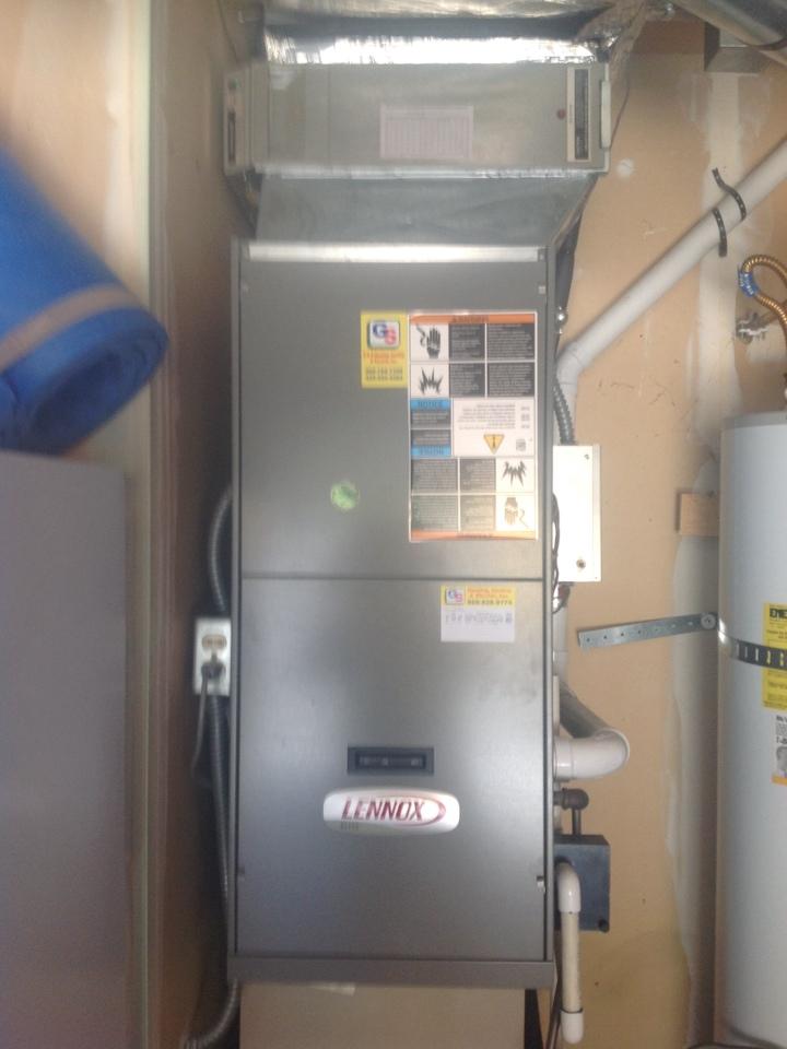 Monroe, WA - Maintenance on a Lennox gas furnace in Snohomish .