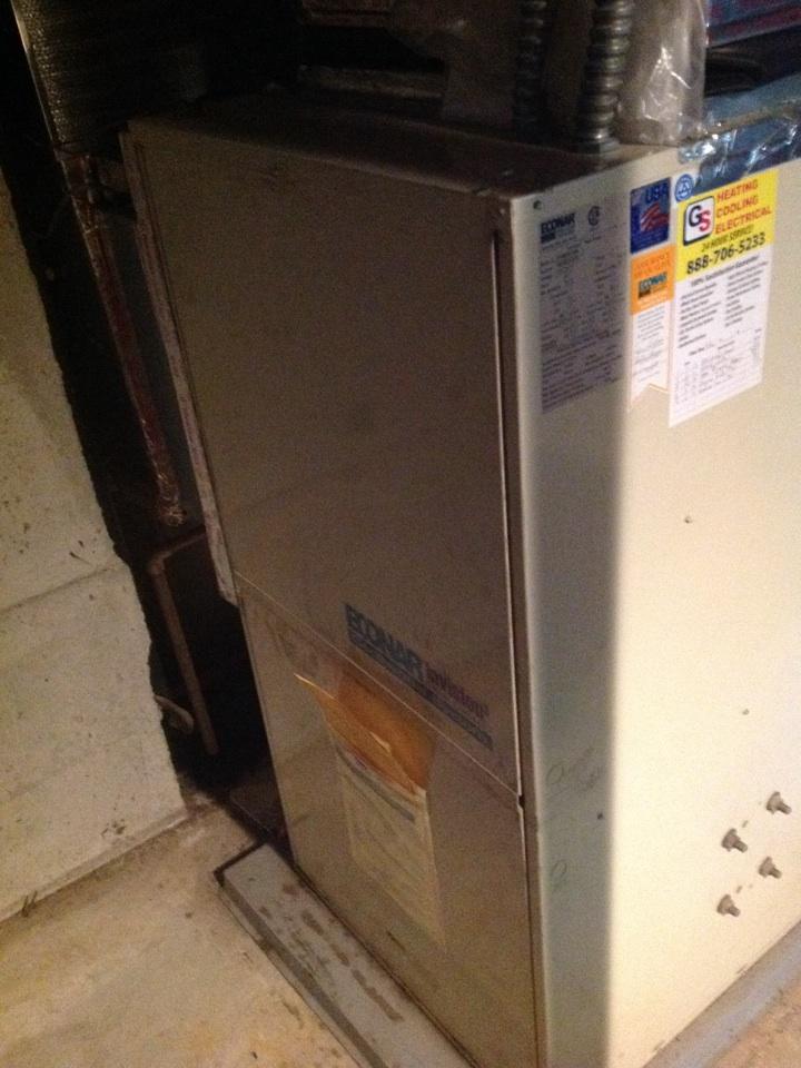 Monroe, WA - Replace thermal expansion valve in Econar geothermal heat pump in Monroe.