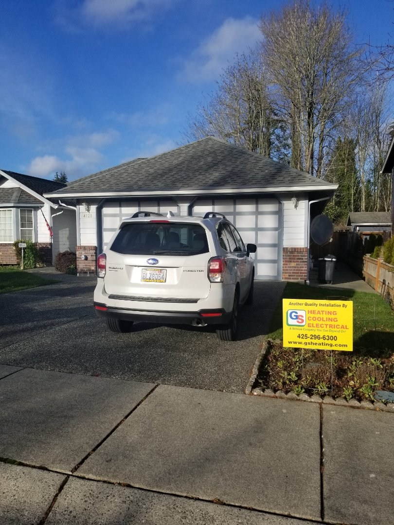 Bothell, WA - Providing an estimate to install a Lennox Merit Series ML195 furnace in Lynnwood.