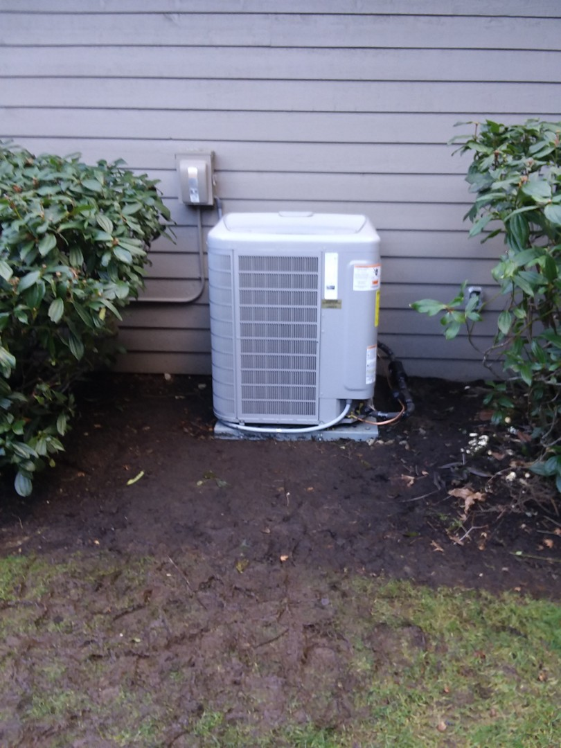 Mill Creek, WA - Finished installing outdoor heat pump carrier Infinity return to do controls another day