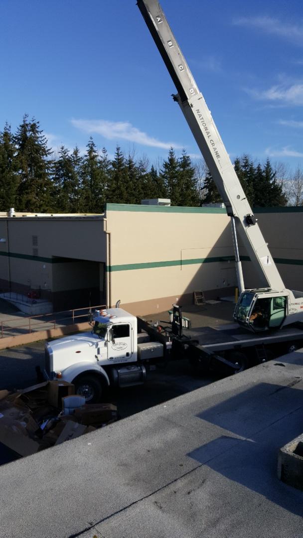 Everett, WA - commercial crane set