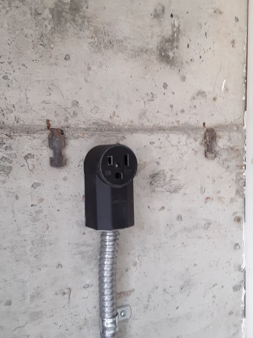 Arlington, WA - Running a dedicated 50 amp electrical circuit for a welding outlet