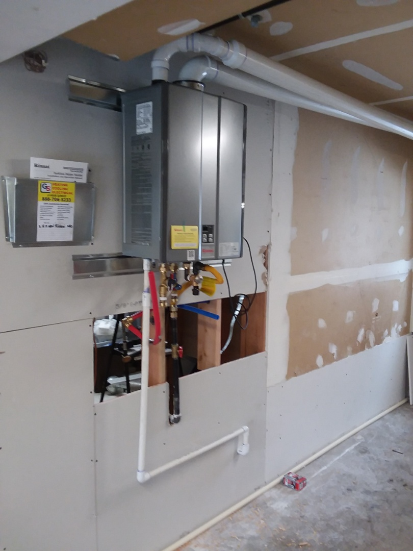 Marysville, WA - Just finished installing a Rinnai tankless water heater for customer in Arlington
