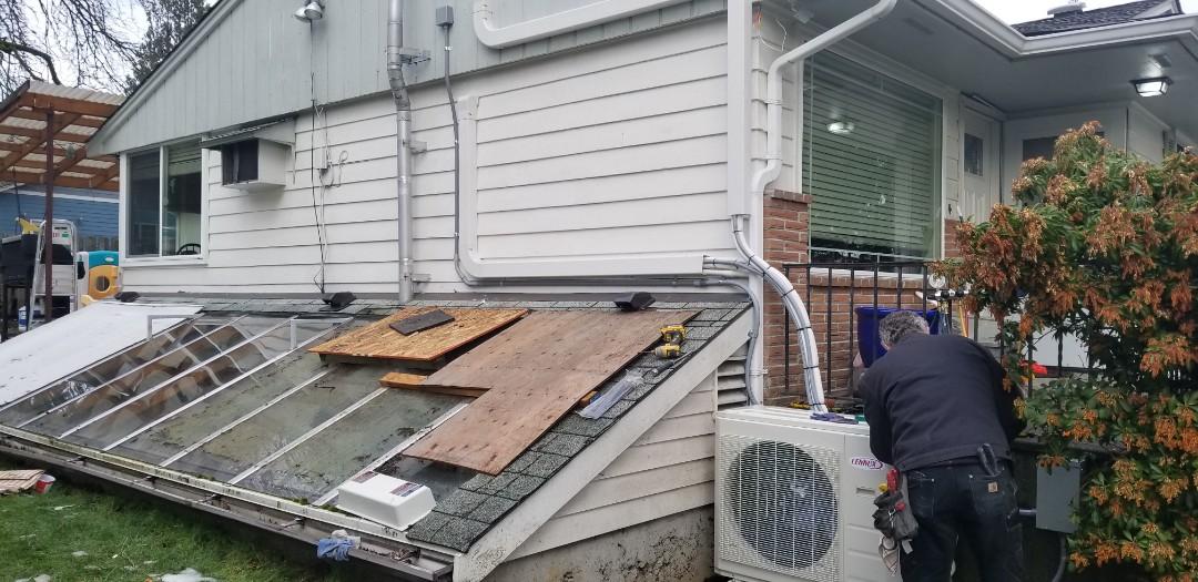 Edmonds, WA - Electrical install new heat pump system