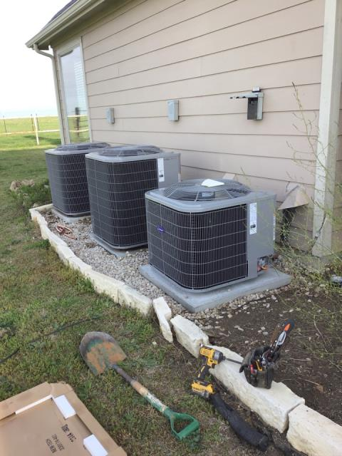 Northlake, TX - Installing a new Carrier unit in Northlake , TX