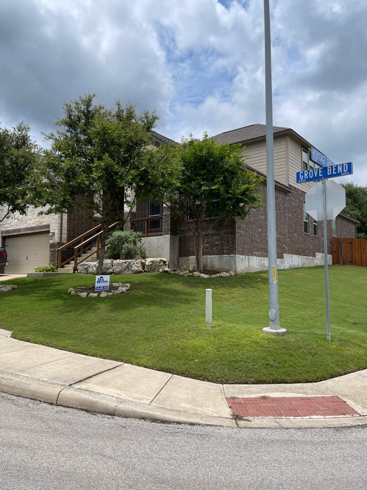 San Antonio, TX - New roof inspection off Potranco. Full roof replacement approved by USAA, due to hail storm