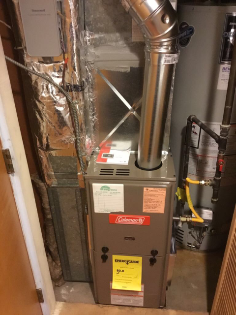 Shoreline, WA - Change out installation of an 80% efficient Furnace and thermostat in Shoreline for an outstanding customer this morning.