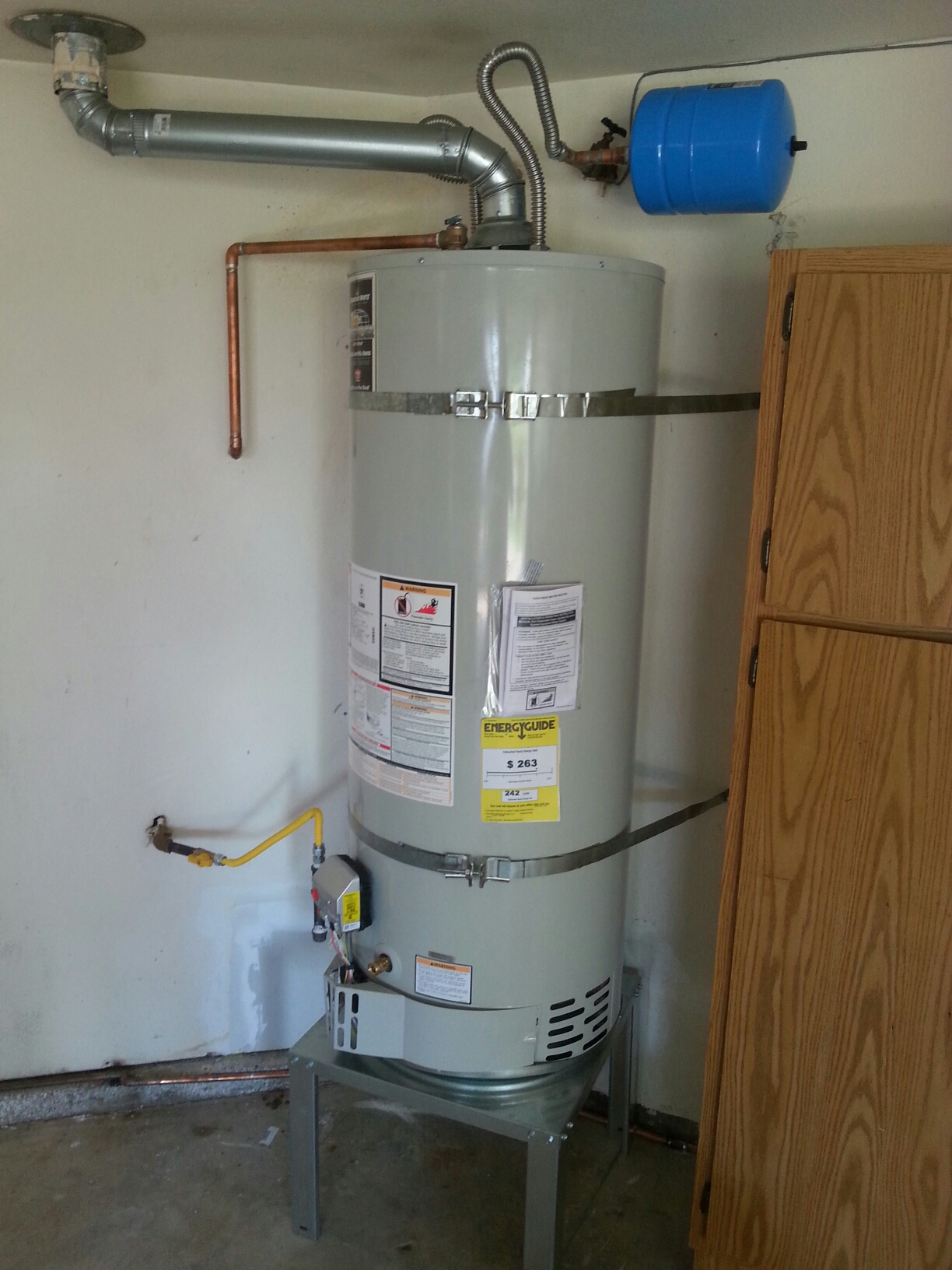 Antelope, CA - Antelope water heater replacement repair stand remove wet areas new lines gas lines is offline complete installation picture