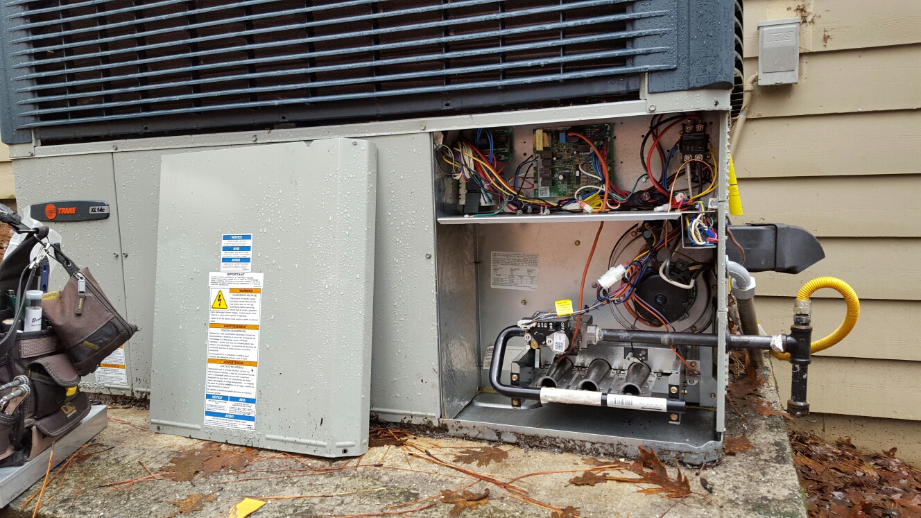 Foresthill, CA - ForestHill California repair heating and AC system Trane gas package unit propane gas repair / replace heat chambers inducer assembly and roll out switch clean soot out of system adjust gas pressure to manufacturer's specifications