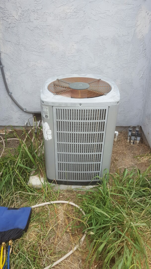 Antelope, CA - Antelope air conditioner repair. Failed capacitor