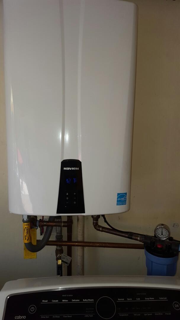 Newcastle, CA - Newcastle Plumbing install new Navien tankless water heater