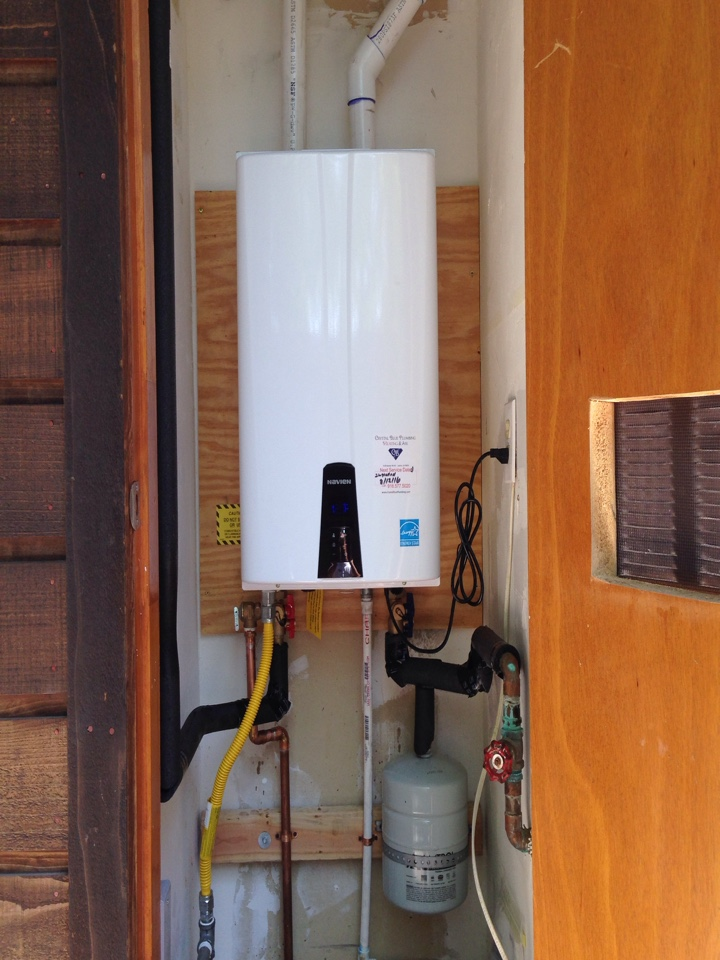 Fair Oaks, CA - Navien tankless water heater install. Fair Oaks plumbing. Fair Oaks