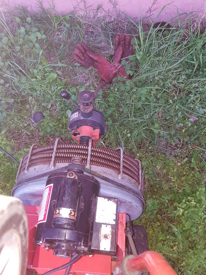 Penryn, CA - Plumbing Penryn clear sewer main line for septic system and auger toilets
