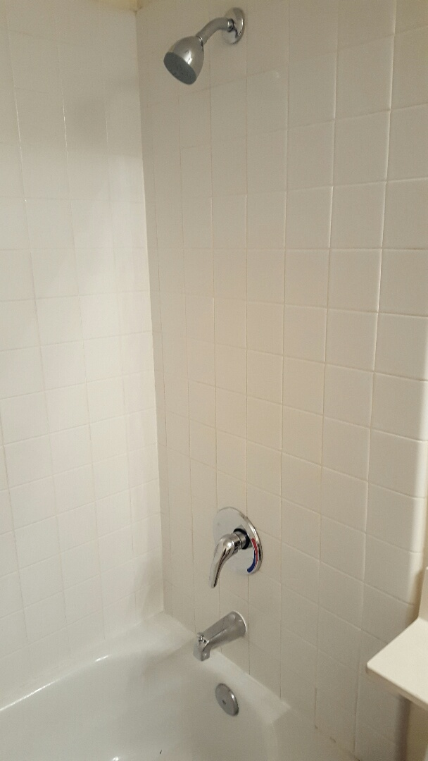 Lincoln, CA - Lincoln update existing shower valves