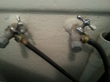 Elk Grove, CA - Plumbing repairs Sacramento. repair hose bib. Sacramento Plumbers