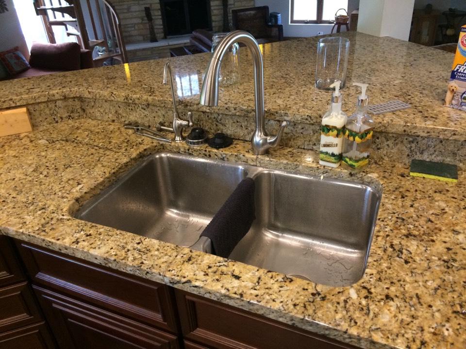 Burr Ridge, IL - Installing new kitchen sink faucet