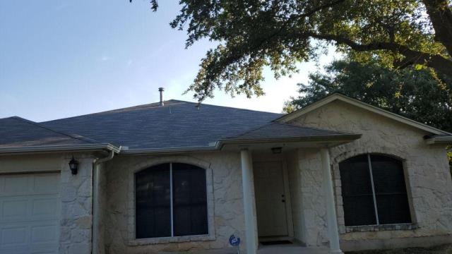 Round Rock, TX - Roof Replacement Round Rock Texas Insurance Replacement Hail Damage Wind Damage Roof Inspection Certainteed XT 25 Shingle