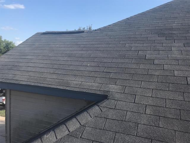 Leander, TX - Roof inspection possible replacement in Leander Texas. Roof needs to be replaced, insurance contacted for possible claim.