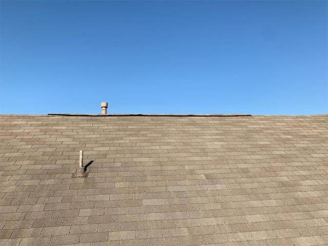 Round Rock, TX - Roof inspection in Round Rock texas. New homeowner needing an inspection for repairs and possible replacement on aged roof system.