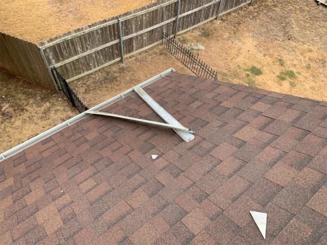 Georgetown, TX - Roof inspection in Georgetown Texas. Homeowner had gutters and fascia damage as well, recommendation and repair provided.