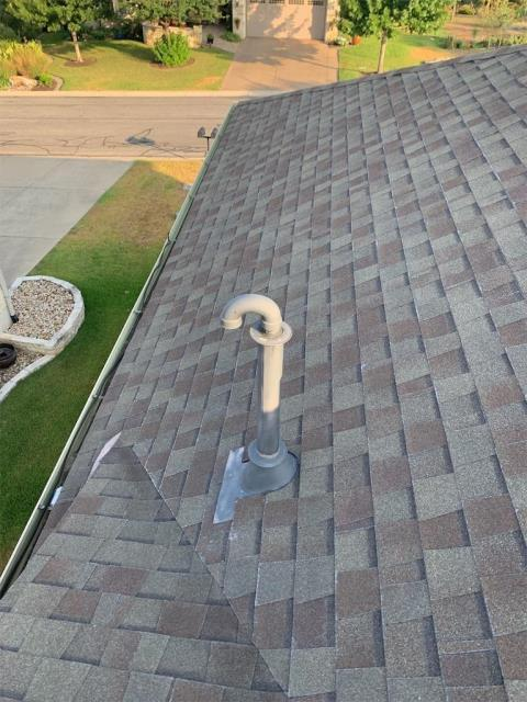 Georgetown, TX - Roof inspection for possible roof replacement in Sun City neighborhood of Georgetown Texas. Hail damage found as we replaced one of the neighbors roofs due to storm damage. Looking at a possible claim on this house as well.