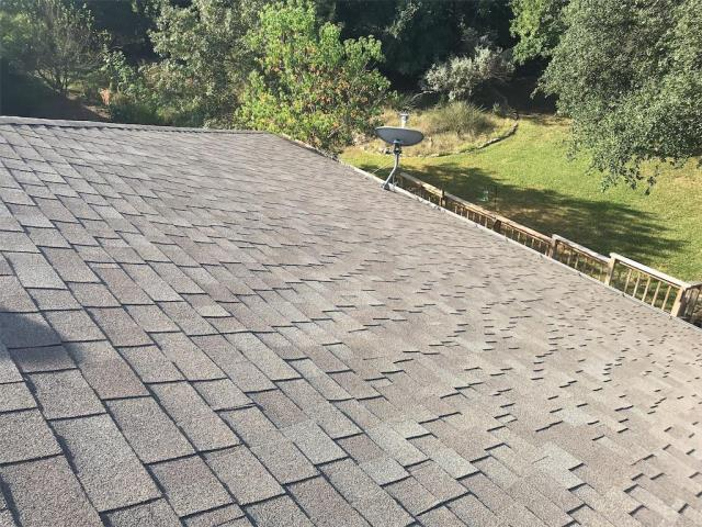 Georgetown, TX - Roof inspection claimed by insurance in Georgetown Texas. We are going back with a GAF Timberline Natural Shadow Shingle in Weathered wood and providing a System Plus warranty from the manufacturer.