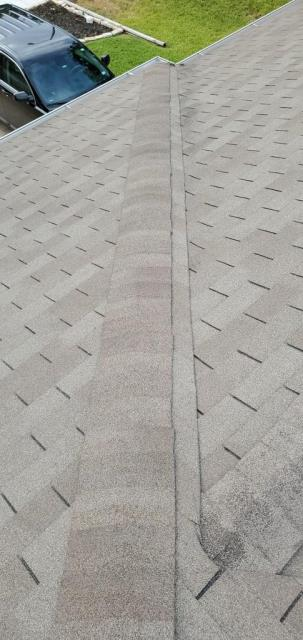 Round Rock, TX - Homeowner is wanting to replace their roof in Round Rock Texas and we are working on giving them a new GAF Roof!