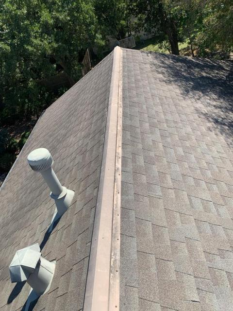 Georgetown, TX - Roof inspection in Georgetown Texas for hail damage on roof. Homeowner is in a neighborhood with many roof replacements due to hail damage and was concerned that he might have damage as well.