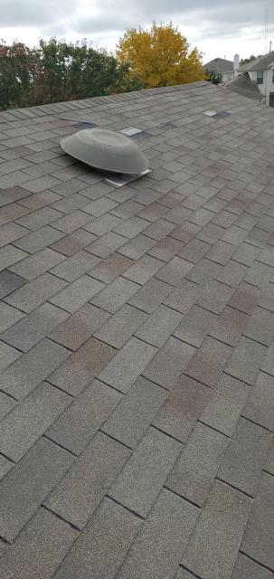 Georgetown, TX - Roof inspection in Georgetown Texas for noticable damage on roof. Homeowner looking to get insurance involved for possible roof claim.
