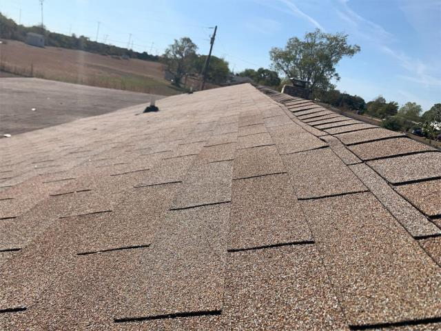 Georgetown, TX - Homeowner wants roof replaced in Georgetown Texas. They are hoping that there is storm damage for possible insurance claim but needs to have roof replaced regardless.