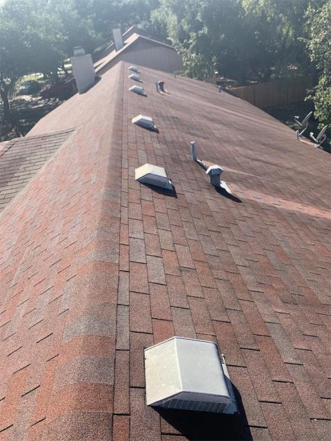 Georgetown, TX - Roof inspection for active leaks in Georgetown Texas Serenada Neighborhood.