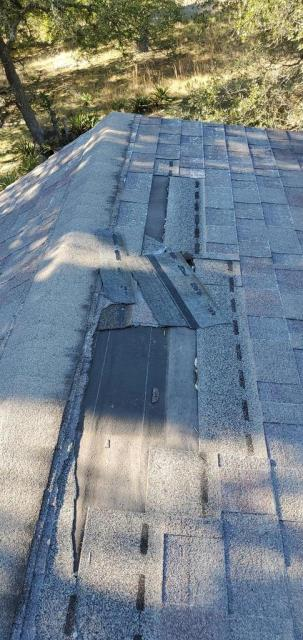 Liberty Hill, TX - Roof inspection for homeowner in Liberty Hill Texas. They are looking at a full roof replacement.