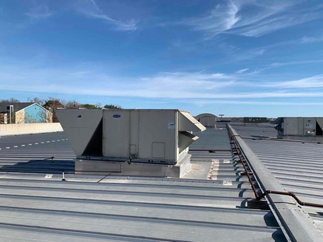 Georgetown, TX - Commercial roof inspection and commercial roof replacement in Georgetown Texas. New TPO roof to be installed on this commercial property!