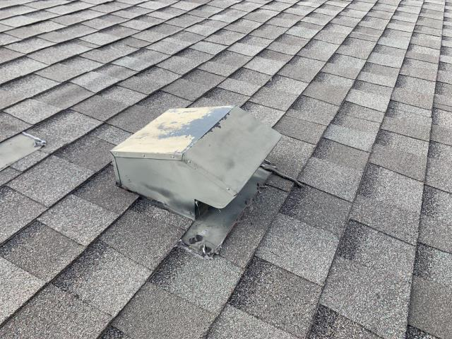 Georgetown, TX - Roof repair in Georgetown Texas for active leak damaging floor and inside of house.