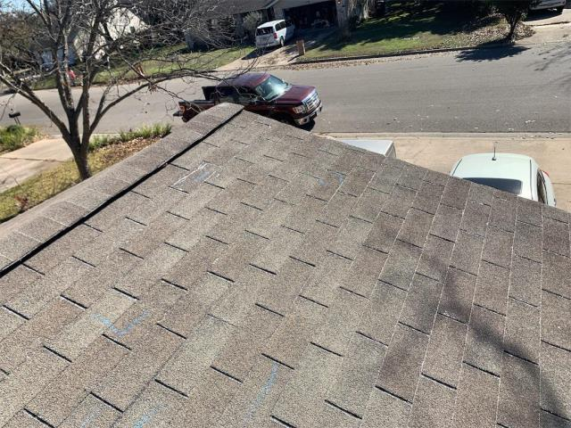Georgetown, TX - Roof replacement in Georgetown Texas due to Hail Damage. Golden pledge from GAF installed on this roof. No leaks for 25 years!