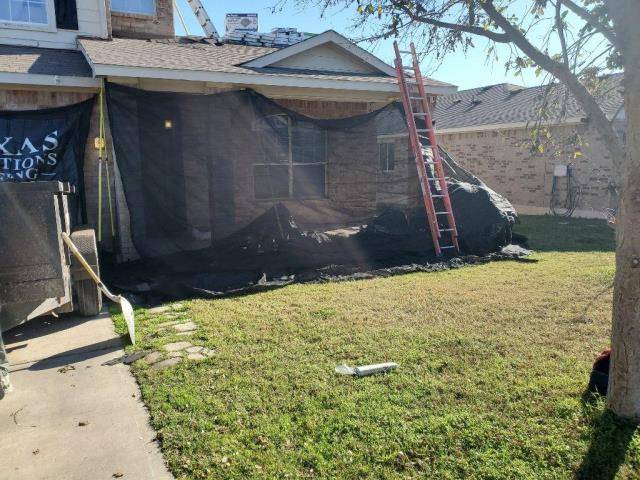 Leander, TX - Roof replacement in leander Texas claimed and approved by insurance company to hail damage. New GAF shingle with Golden Pledge installed.