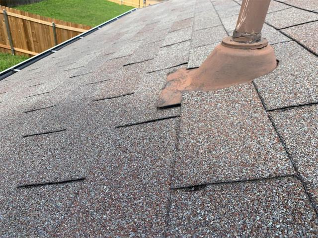 Leander, TX - Roofer in Leander providing free roof inspections to homeowners! Residential Hail bid also provided upon request.
