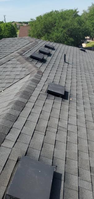 Liberty Hill, TX - Roofing company near Liberty Hill Texas providing free roof inspection for possible hail claim and storm damage on roof. Texas Traditions Roofing in Georgetown Texas services all central texas roof inspections.