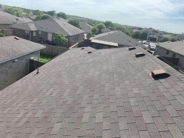 Leander, TX - Roofing company near Leander Texas servicing free roof inspections for hail claims and storm damage. Texas Traditions Roofing in Georgetown Texas is your local roofing company for all insurance claims due to storm damage.