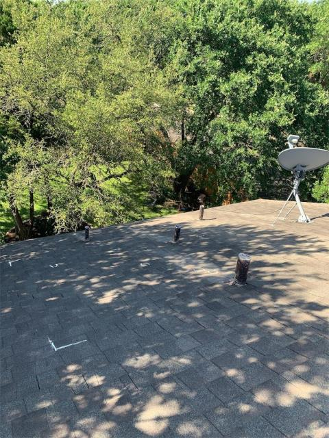 Cedar Park, TX - Roofing company near Cedar Park Texas that can help with hail claims and storm damaged roofs. Texas Traditions Roofing is insurance approved experts for all roof replacements.