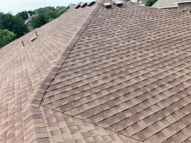 Georgetown, TX - Roofing company in Georgetown Texas that helps with hail damage and insurance claims. Texas Traditions Roofing is experienced in the insurance claims process and storm damaged roofs. We can help you with all roofing related needs