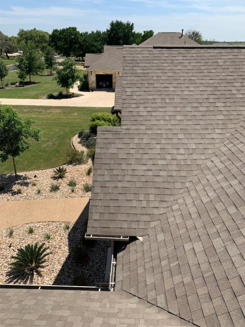 Georgetown, TX - Roofing Company in Georgetown Texas near Sun City that can help with storm damage and shingles falling off roof. Texas Traditions Roofing is your local trusted roofing company. We have years of roofing experience.