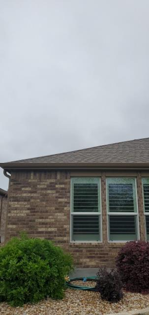 Georgetown, TX - Roofing Company in Sun City Texas that helps with roof replacements and roof damage. Texas Traditions Roofing is your Sun City roofing company to trust with all roof issues.