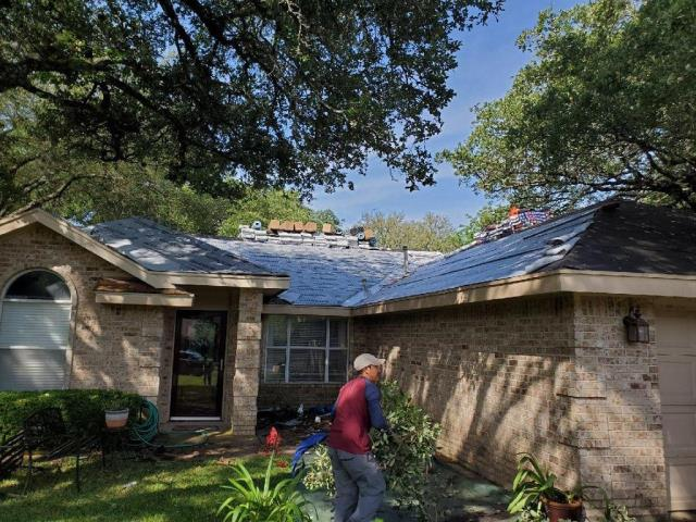 Georgetown, TX - Roofing company in Georgetown Texas that handles residential roof inspections and roof replacements claimed by insurance due to storm damage. Hail damaged roofs are our specialty at Texas Traditions Roofing.