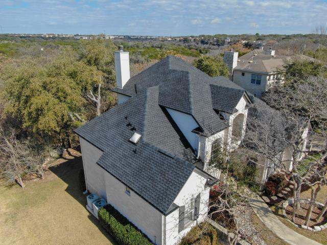 Georgetown, TX - GAF Golden Pledge Polaralum Underlayment Attic Breeze Roof Replacement and Installation Architectural Timberline HD Charcoal