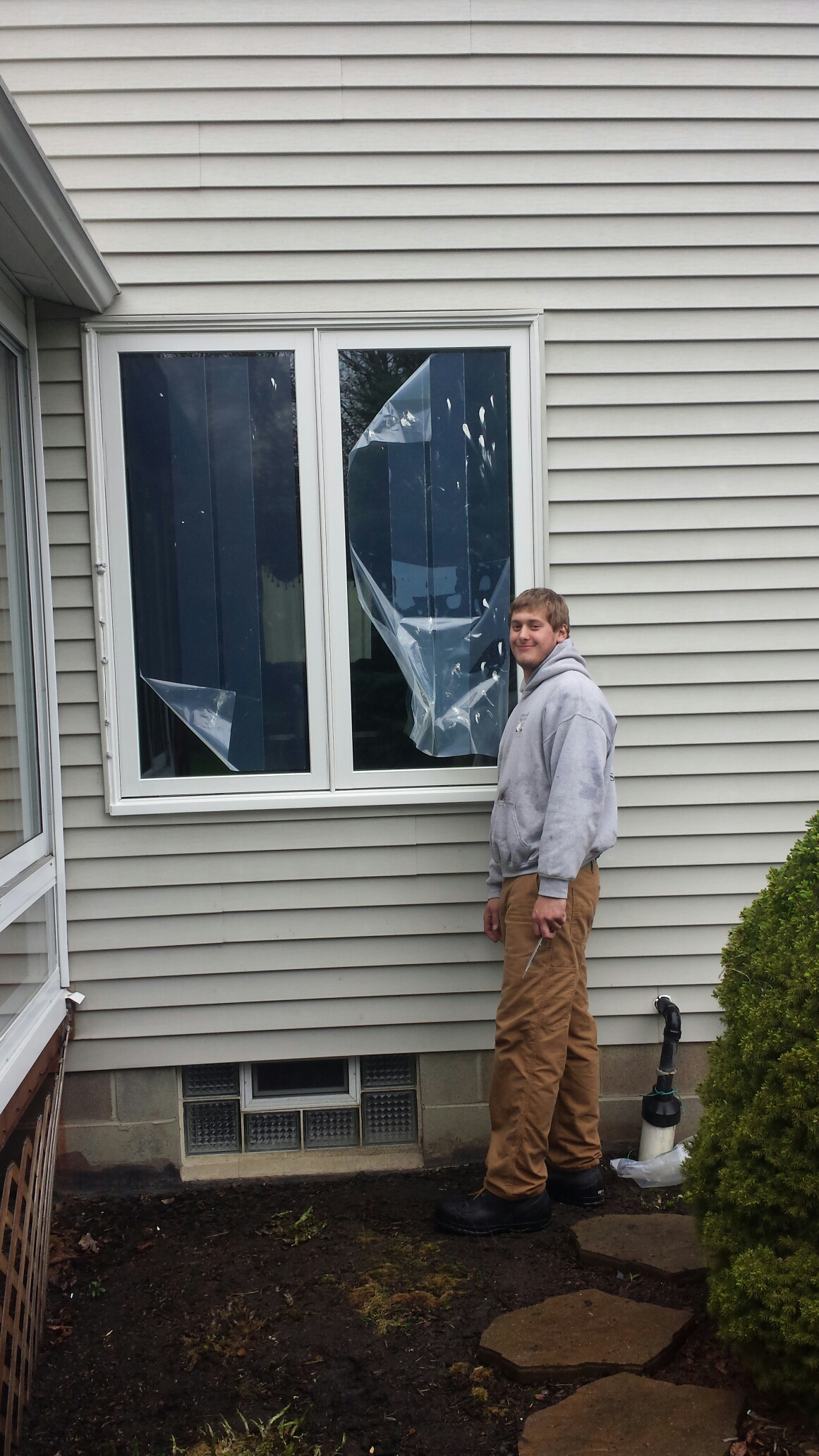 Mentor, OH - Beautiful casement windows being installed in Mentor..Renewal by Andersen