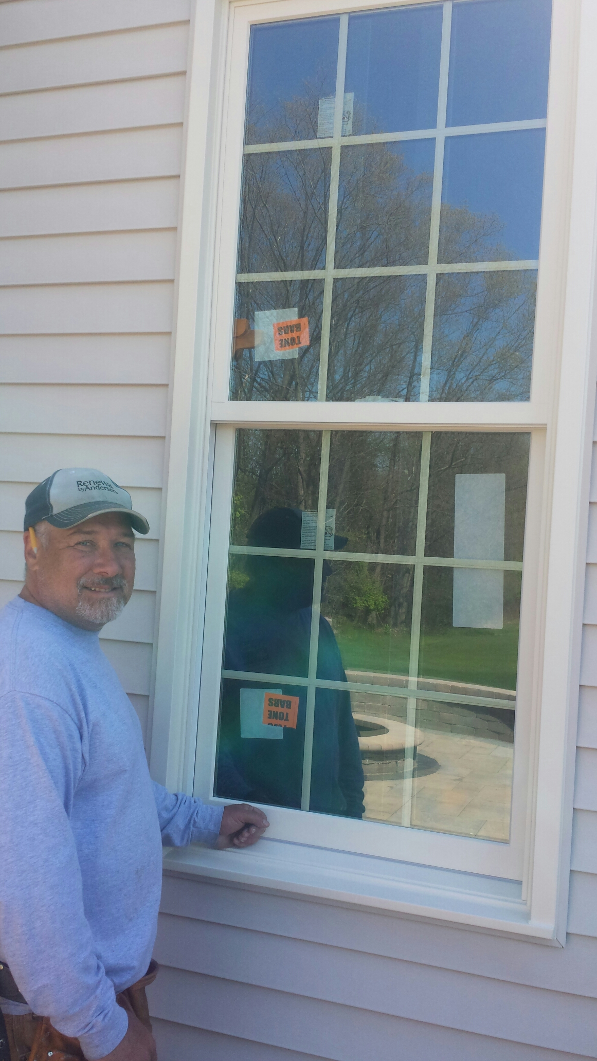 Strongsville, OH - Installing beautiful double hung windows in Strongsville..Renewal by Andersen
