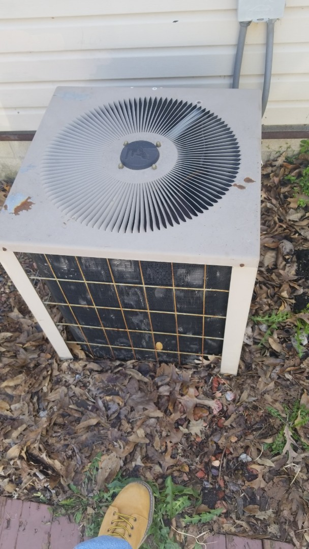 Cedar Lake, IN - Airconditioning replacement estimate on 2.5 central airconditioning unit